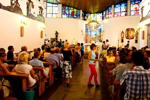 Przed Mszą św. w Lubojnej