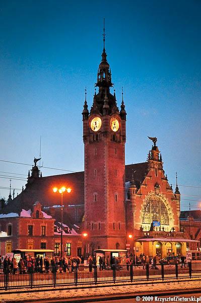 Budynek dworca Gdańsk Główny, 17:33 ( 20 II 2009 )